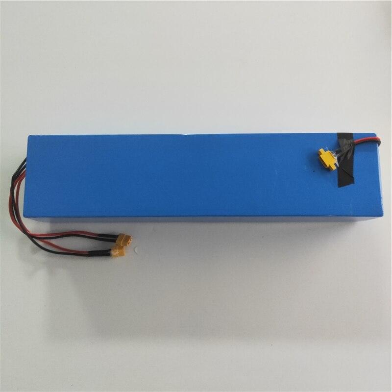 Batterie au lithium d'origine LG 48V 13.2Ah pour Scooter électrique à roue large Mercane entrée DC 54.6V 2A XT60 port