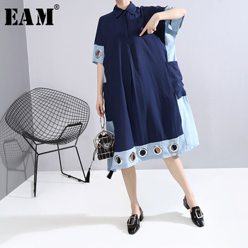 [EAM] Women Blue Hollow Out Pocket Big Size Dress New Round Neck Half Sleeve Loose Fit Fashion Tide Spring Summer 2020 1W734