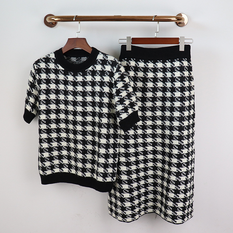 2020 Spring autumn Brand new women's high quality 100% wool skirt suit Chic T-shirt+ plaid skirts two piece set B603