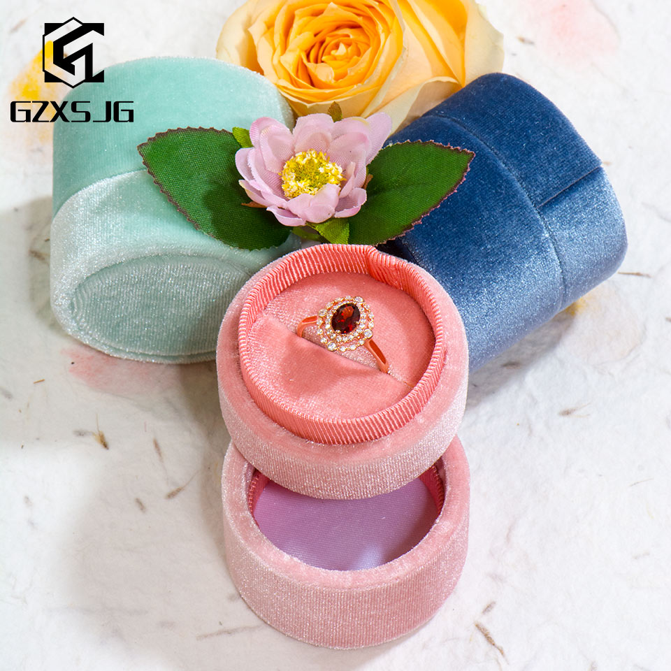 GZXSJG  Handmade Velvet Round Jewelry Boxes For Wedding  Pink Green Blue Ring Boxes For Wedding Engagement Bridal Gifts Packing