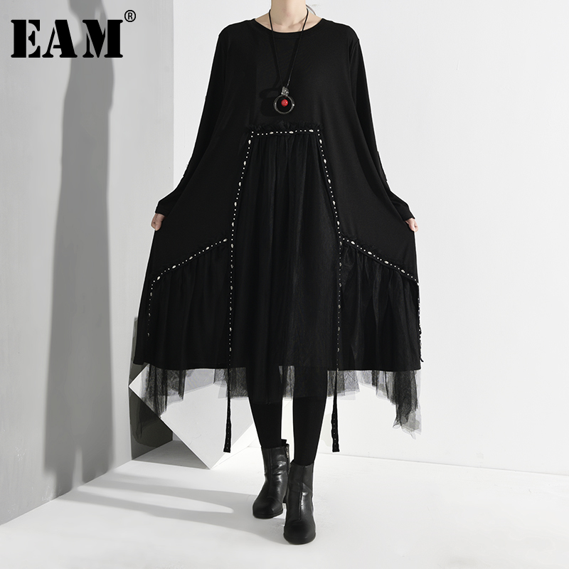 [EAM] Women Black Asymmetrical Mesh Split Dress New Round Neck Long Sleeve Loose Fit Fashion Tide Spring Autumn 2020 1D7570
