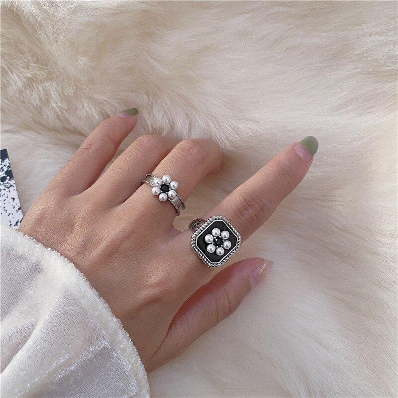 Zircon noir perle fleur ouverture anneau rétro mode et élégant palais Style Index bague femmes bijoux cadeau accessoires