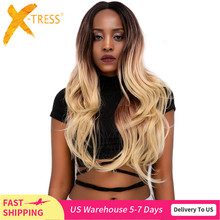 Ombre blond kolor koronkowa peruka na przód dla czarnych kobiet X TRESS długie naturalne fale syntetyczna koronka peruka z naturalną linią włosów środkowa część