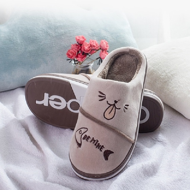Cute Winter Home Slippers For Couple Casual Cartoon Cat Soft Fluffy Flat Shoes Plus Size Slip On Indoor Slippers Women MT020