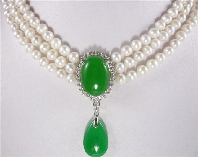 lady's finest accessory! 3 Rows white pearl 7-8mm  green jade Pendant Necklace