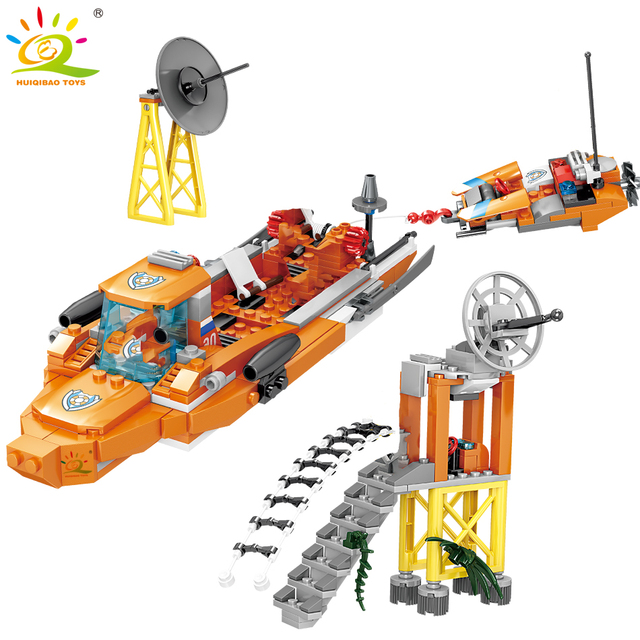 HUIQIBAO 432pcs Sea Fire Rescue helicopter boat model Building Blocks kit city Figures Bricks DIY Construction Toys for Children