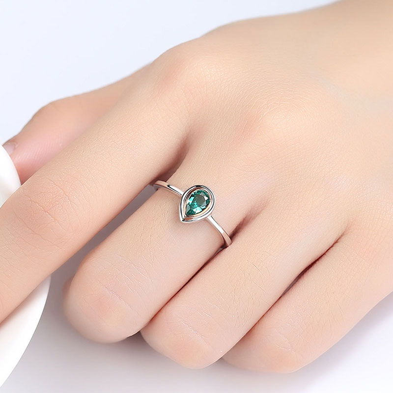 H04bad11d0c8a41eaac70c8669bcdc07b0 Jellystory Hot Selling Water Drop Shape Green Emerald Gemstone 925 Silver Ring for Woman Wedding Engagement Party Jewelry Rings