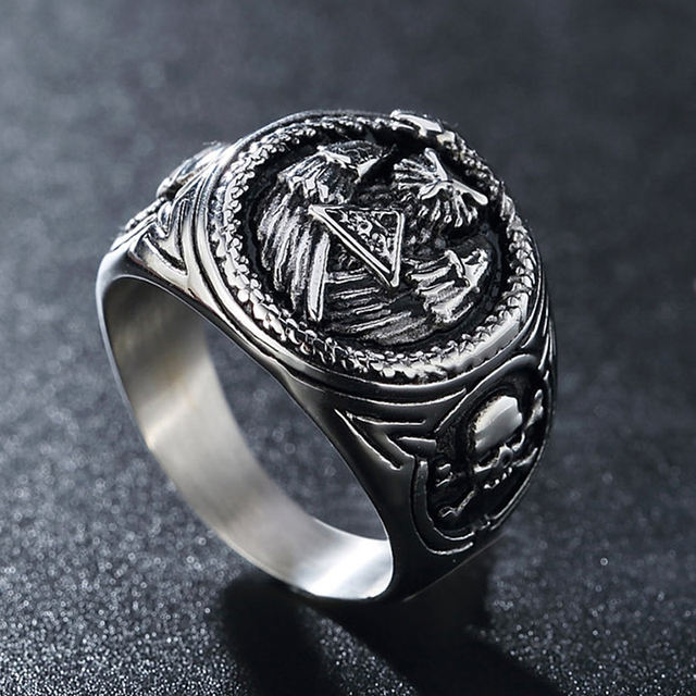 STAINLESS STEEL ALL SEEING EYE PYRAMID SKULL RING