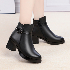 Image 5 - GKTINOO Winter Shoes Womens Genuine Leather Ankle Boots Wool Warm Woman Snow Boots Big Size High Heels Ladies Shoes