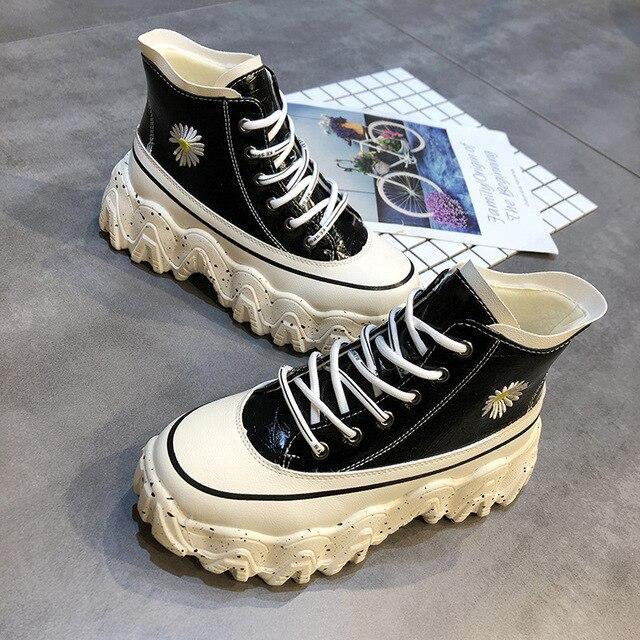 SWONCO broderie fleur plate-forme baskets femmes grosses chaussures noires haut 2020 printemps nouveau femme casual chaussures grosses baskets