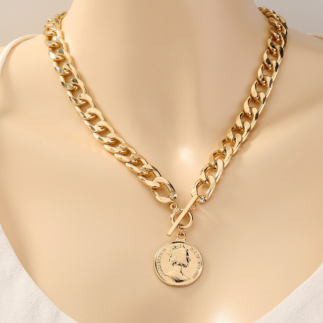 Thick and pretty chain necklace with coin pendant 2
