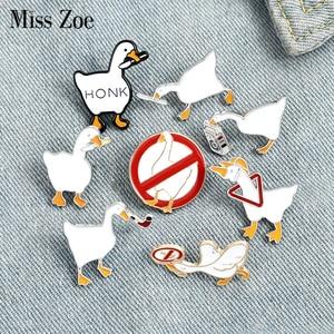 9Styles Honk Honk Enamel Pin Custom Naughty Goose Brooch Bag Lapel Pin Cartoon Funny Animal Badge Jewelry Gift for Kids Friends