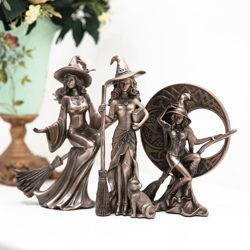 Retro Witch Figurine Set