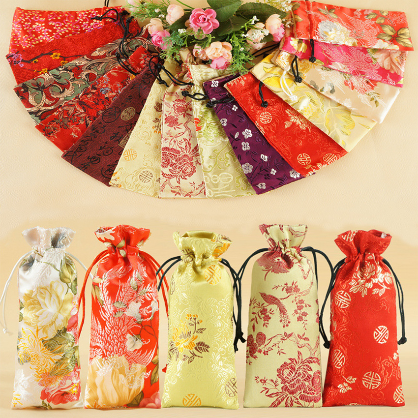 7.5*16cm Chinese Traditional Embroidery Drawstring Bag Brocade Pouches Damask Jewelry Change Bag Purse Accessories New Year Gift