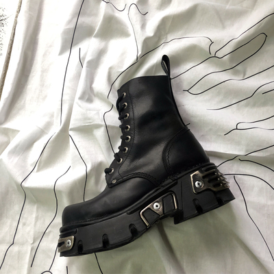 Punk Style Platform Women Ankle Boots Women's Motorcycle Boot Fashion Ladies Chunky Shoes Metal Decor Black BIG size 41 43 44