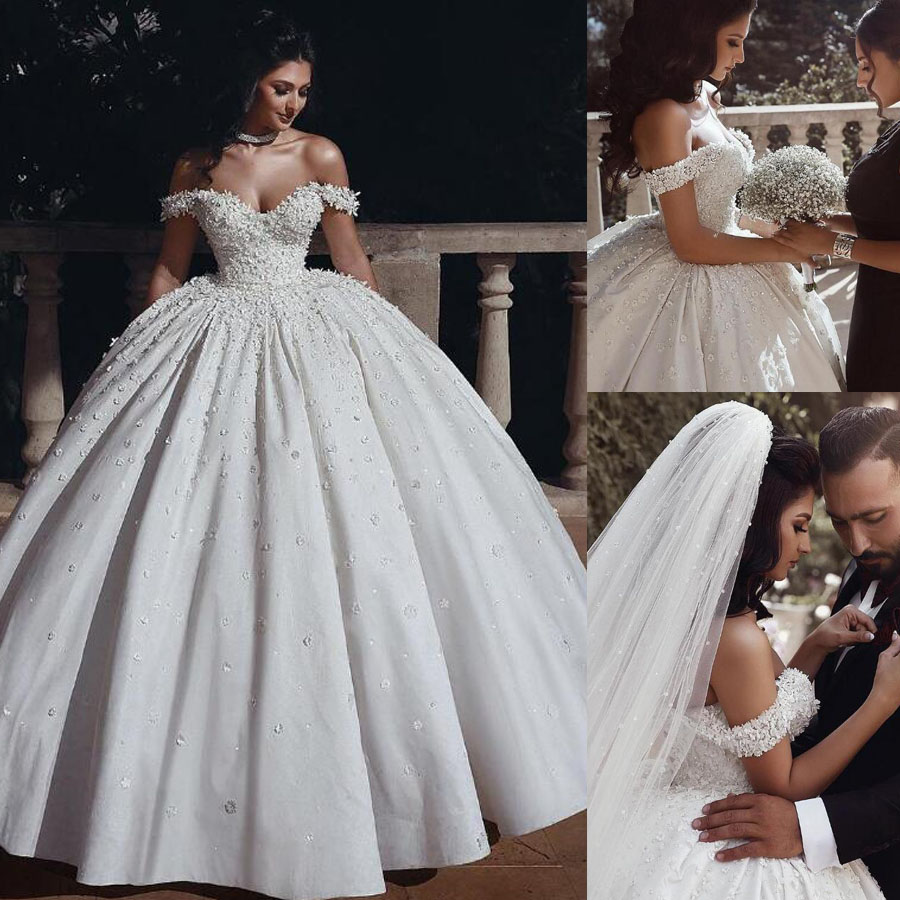 Luxury Beading Lace Applique V-neck Off The Shoulder Ball Gown Wedding Dress With 3D-flowers Lace-up No Train Bridal Dress