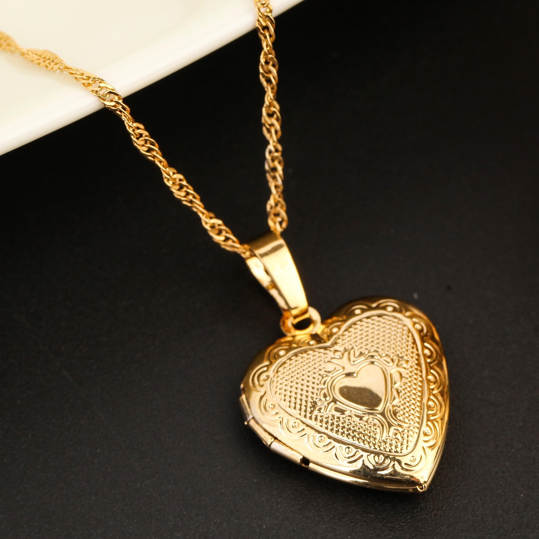 Gold Color Women Heatrt Pendant Necklace Fashion Cute Heart Locket Jewelry