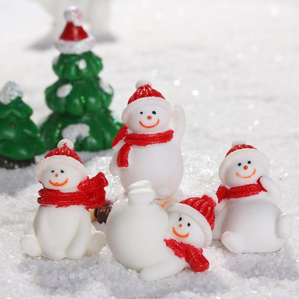 Dollhouse Miniature Figurines So Festive for Christmas Choice of 1