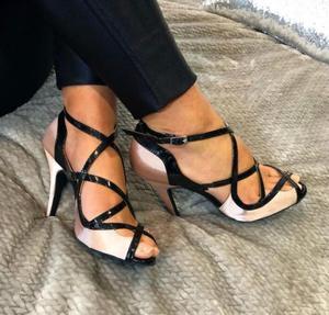 Dames nue couleur personnalisée Satin Latin salle de bal chaussures de danse Salsa chaussures de danse Tango Bachata chaussures de danse