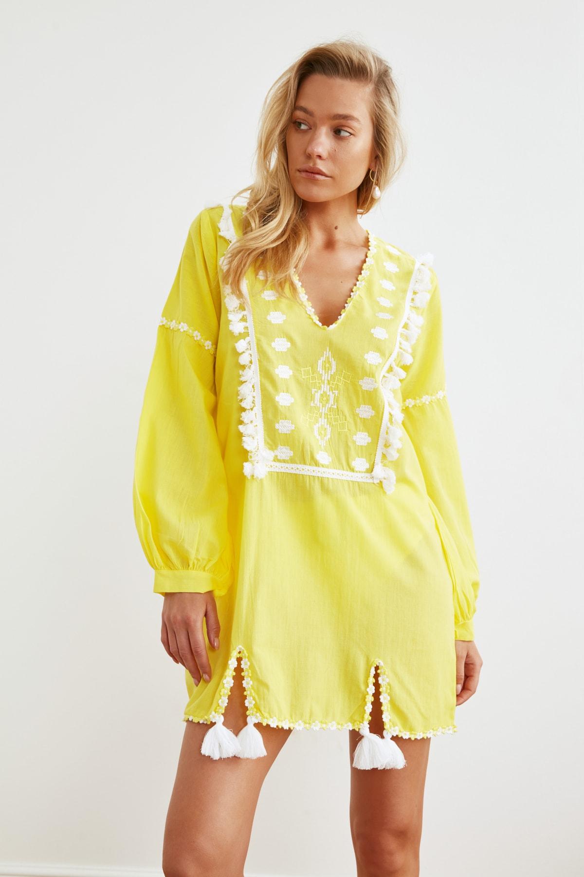 Trendyol Tassels Ethnic Voile Beach Dress TBESS21EL1254