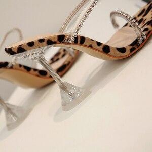 Image 3 - Kcenid leopardo gladiador sandálias de verão mulher chinelos de cristal sandalias mujer 2020 nova moda saltos altos