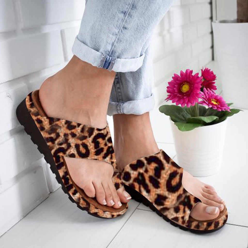 Kadın terlik ayakkabı PU deri rahat platformu düz taban bayanlar yumuşak büyük Toe ayak düzeltme sandalet ortopedik Bunion düzeltici