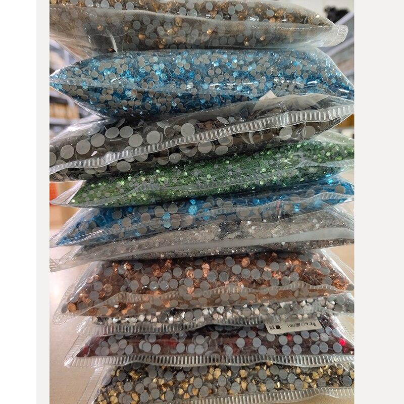 En gros strass correctif fer sur strass haute qualité correctif à chaud strass verre cristal AB bricolage vêtements