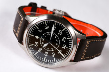 【Free shipping】Automatic  Movement Pilot Watch with Type-B or Type-A Black Dial and 42mm Case waterproof 300M