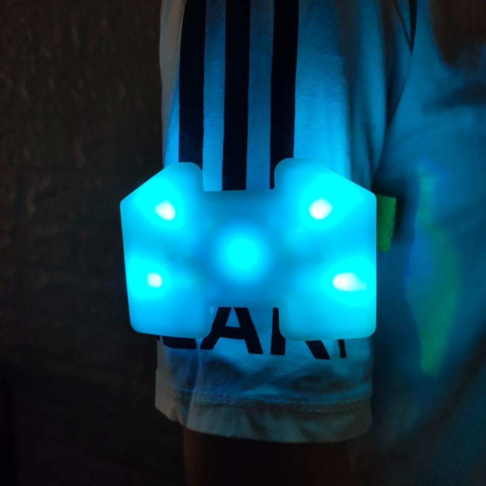 USB recharable LED réfléchissant lumière bras brassard sangle ceinture de sécurité pour la nuit en cours d'exécution cyclisme main sangle bracelet Bracelets
