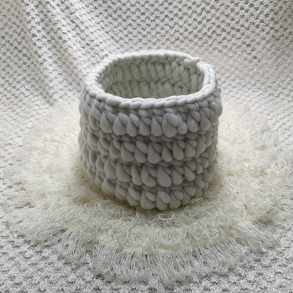 Clearance 150*100cm Knitted Acrylic Thin Fabric Backdrop Blanket+Knitted Basket+50cm Round Crocheted Blanket For Newborn Shoot