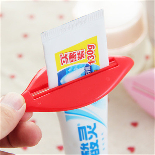 Sale Korean Multi-purpose Toothpaste Extruder Partner Liptoothpaste Extruder Kiss Toothpaste Extruder Single Family Magic Weapon