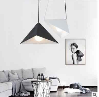 Directo de fábrica triángulo minimalista diseño restaurante Oficina bar candelabro de hierro ángulo ajustable de led