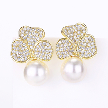 VERY GIRL Elegant Flower Pearl Stud Earrings Micro Pave Cubic Zircon for Fashion Women Wedding Jewelry