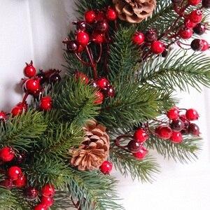 Image 5 - Декорированный искусственный Рождественский венок, зеленые ветви с сосновыми шишками, красные ягоды, внутреннее/наружное Рождественское украшение 45 см