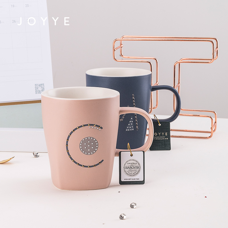 Di ceramica Creativa Tazza di Caffè Paio di Lettere Bone China Mug Tazza di Avere UN Bel Giorno Tazza di Stile Giapponese Originale Creativo Tazze di Ceramica MK72 - 2