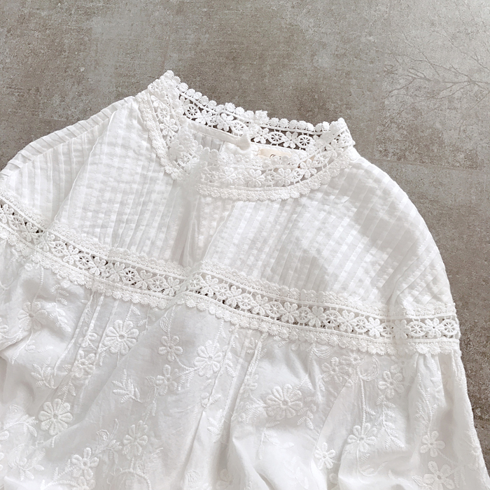 Full Flowers Embroidery Lace Stand Collar Hollow Out White Cotton Long Sleeve Shirt Lolita Sweet Blouse