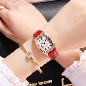 Retro Ladies Watch Creative Square Small Dial Elegant Leather Casual Women Brand Wrist Watches Roman Numerals Quartz Clock 2019