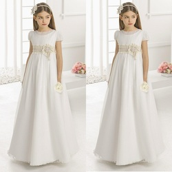 Vintage Flower Girl Dresses for Wedding Empire Waist Short Sleeve Tulle Crew Champagne Lace Sash Children First Communion Gowns