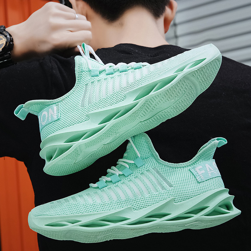 Summer Men Sneakers In Men's Casual Shoes Flyknit Sneakers Fashion Spring Shoes Stylish Lace Flats Shoes Breath 2020 New Arrival