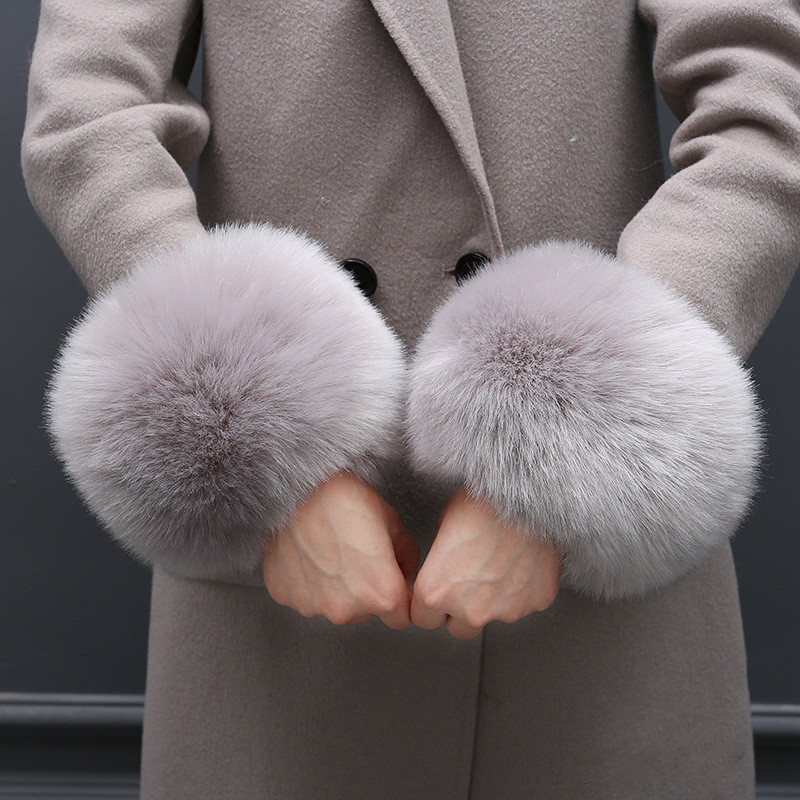 Oversize Villi Wool Imitation Fur Gloves Windproof Cuff Bracelet Fashion Cute Wrist Cuff For Winter Warmth Coat Gloves Women