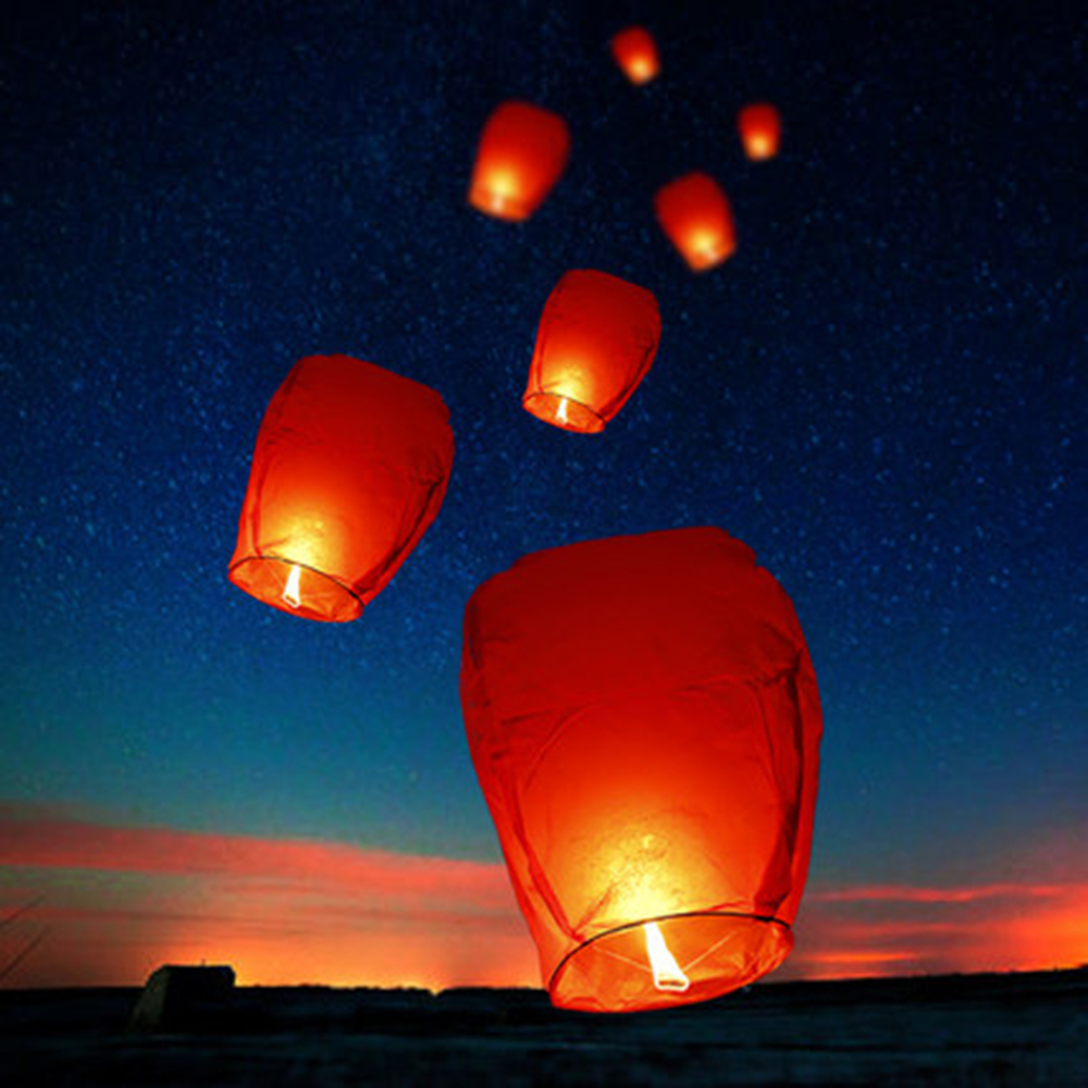 Может занять от 10 до 30 шт. китайский бумажный Небесный Летающие фонарики желаний Fly лампы в форме свечи лампы желая светильник для рождестве...