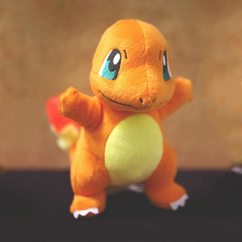 Peluches de Pokemón: Charmander, Squirtle, Bulbasur…