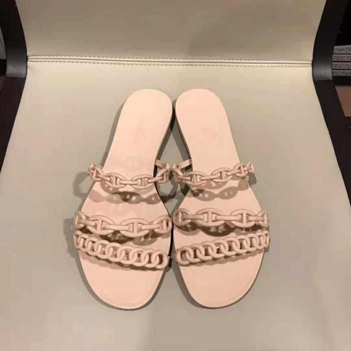 2019 летние тапочки новые ins свинья цепь на нос пляжные тапочки слово скольжения носить универсальный желе обувь