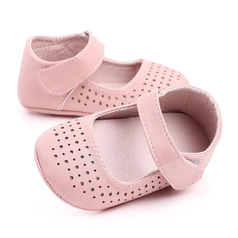 Newborn Baby Shoes Girls 2019 Infant Hollow Gold Toddler PU Baby Moccasins Girls Shoes Scarpe Neonato
