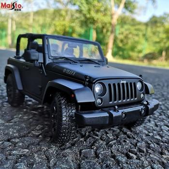 Maisto 118 nuevo Jeep Wrangler negro fresco vehículo todoterreno Aleación de simulación colección de modelos de coches regalo juguete