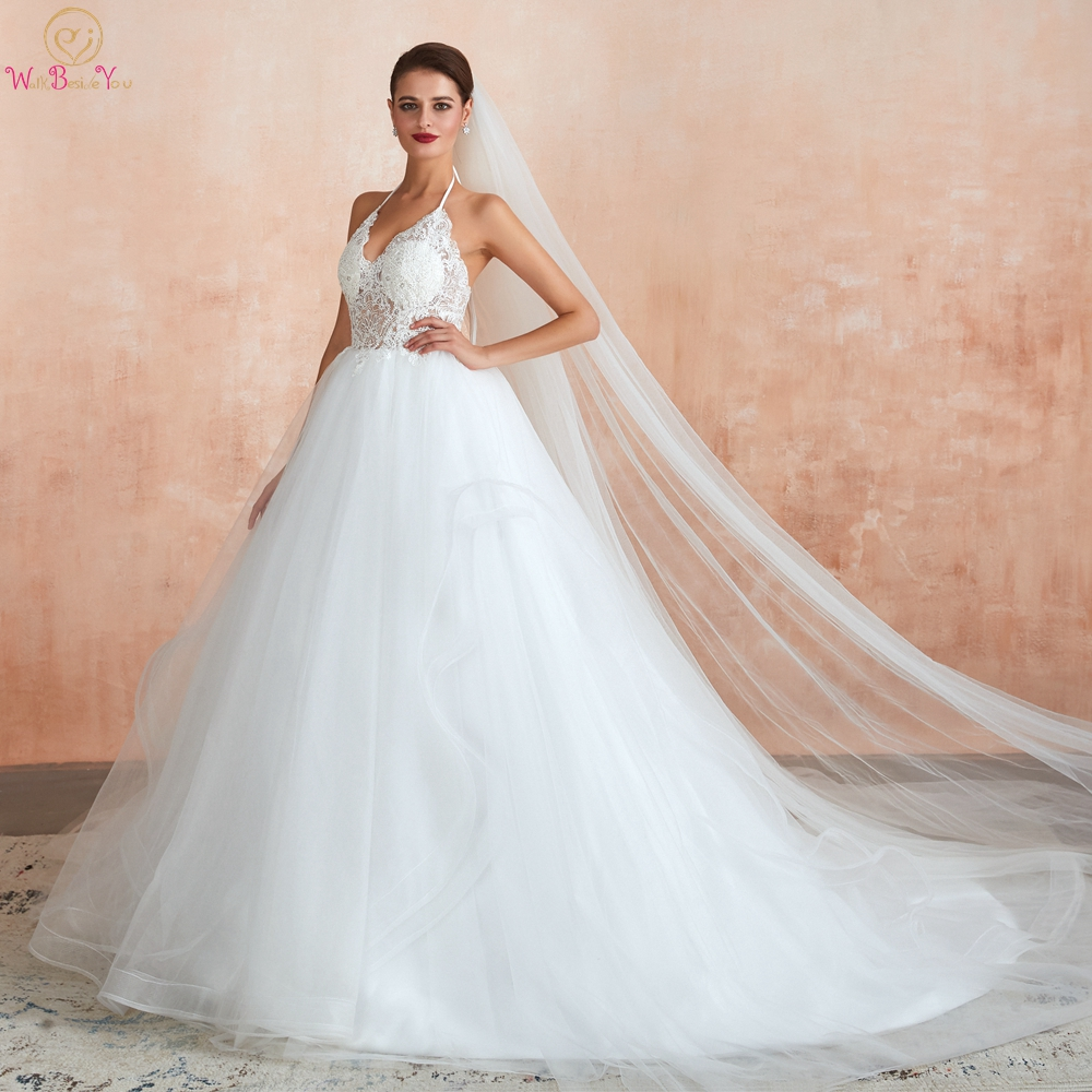 Wedding Dresses 2019 Ball Gown Halter Lace Appliques Tiered Tulle Court Train Sleeveless Robe De Mariage Femme