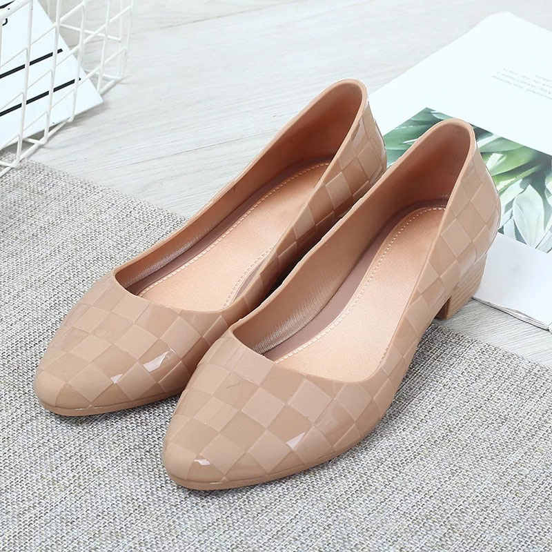 Kadın bahar düşük kalın topuklu pompalar bayanlar PU deri kayma sığ yüksek topuklu kadın moda rahat Femles platform ayakkabılar