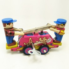 [Funny] Classic collection Retro Clockwork Wind up Metal Walking Tin Lever car railway truck workers Mechanical toys kids gift