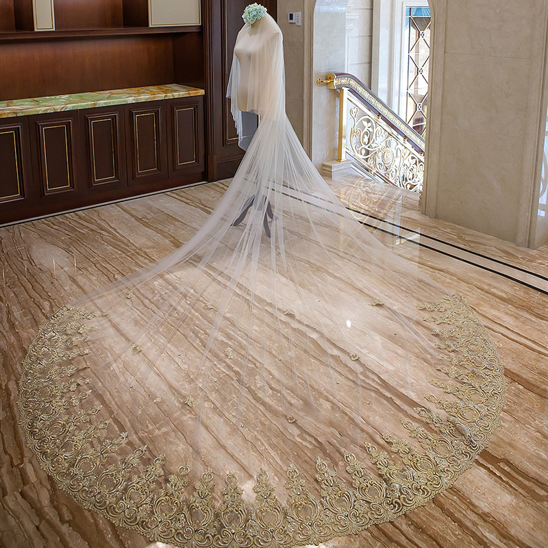 4 M Golden Lace Crystal Beading Wedding Veils Cathedral Golden Lace Bridal Veils Champagne Two Tiers Bridal Veils Free Comb