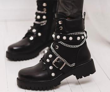 [GOGD]Winter Boots Women string Bead Bling Boots Women #8217 s Zipper Martin Boots Wedge Motorcycle Boots tanie i dobre opinie Połowy łydki Łańcuch Graniczy 1556 Dla dorosłych Mieszkanie z Buty motocyklowe Okrągły nosek Wiosna jesień Niska (1 cm-3 cm)
